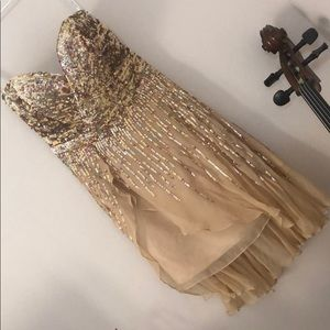 Size 4 Sherri Hill formal dress